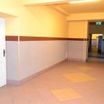 korytarz przy sali gimnsatycznej (Medium)