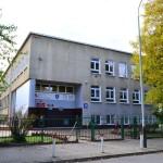 szkoła-wejście (Medium)